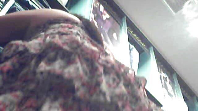 ماساژ جنسی در کانال کیر کون دوران بارداری عمه